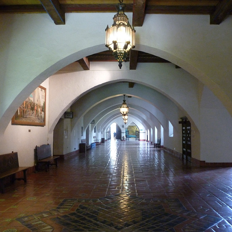 William Mooser III, Santa Barbara County Courthouse, Santa Barbara, CA, 1929, View of interior walkway (image courtesy Archinia)